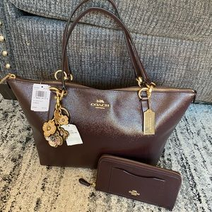 😱😍 coach large zip tote with matching wallet